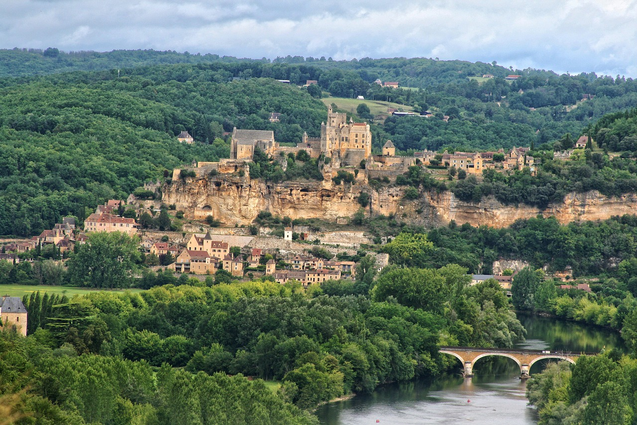 Our guide to the aquitaine region of france the french property agents - Office de tourisme de dordogne ...